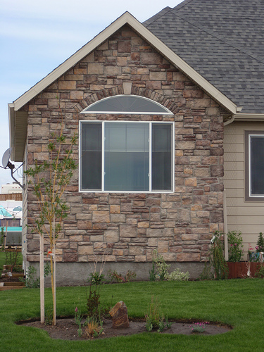 Wood Siding Vs Stone Siding