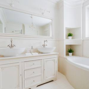Cost-Cutting-Bathroom-Remodeling-Ideas-2