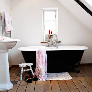 Cost-Cutting-Bathroom-Remodeling-Ideas-3